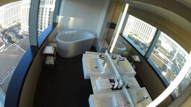 vdara corner suite bathroom