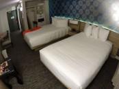linq hotel room alt view
